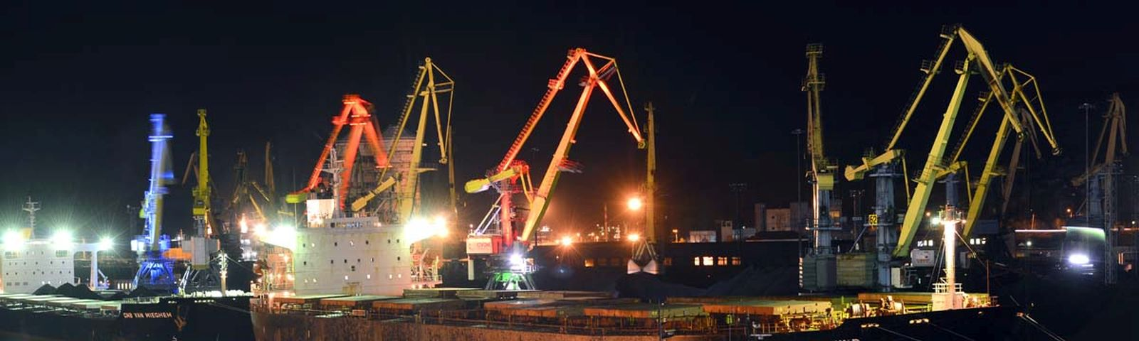 Colourful decorative lighting for port cranes